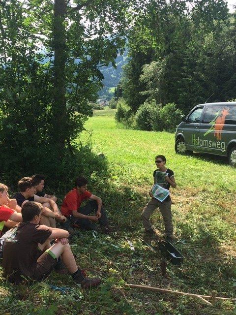 Aktiv für den Naturschutz - LFS Tamsweg unterstützt Lungauer Seltenheit