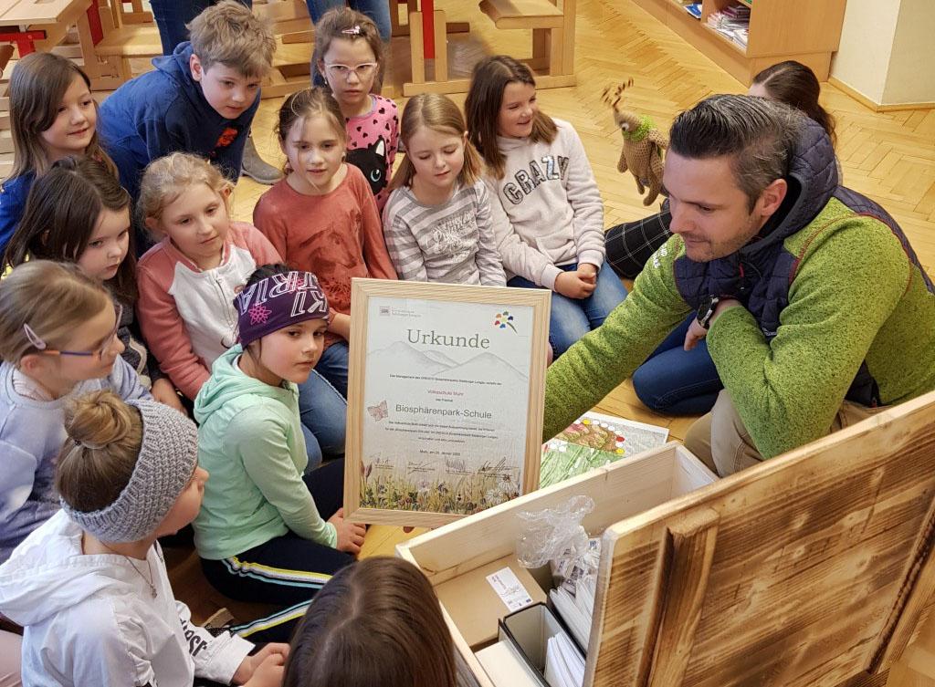 """Ernennung der Volksschule Muhr zur """"Biosphärenpark Schule"""""""